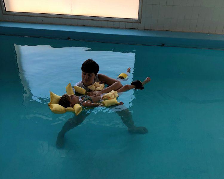 Ostéopathie Aquatique enfant - Traitement Viscéral
